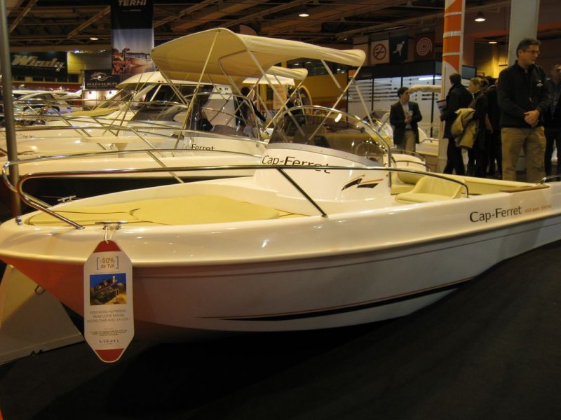 Galerie photos du salon nautique de paris 2010 actualit for Salon bateau paris