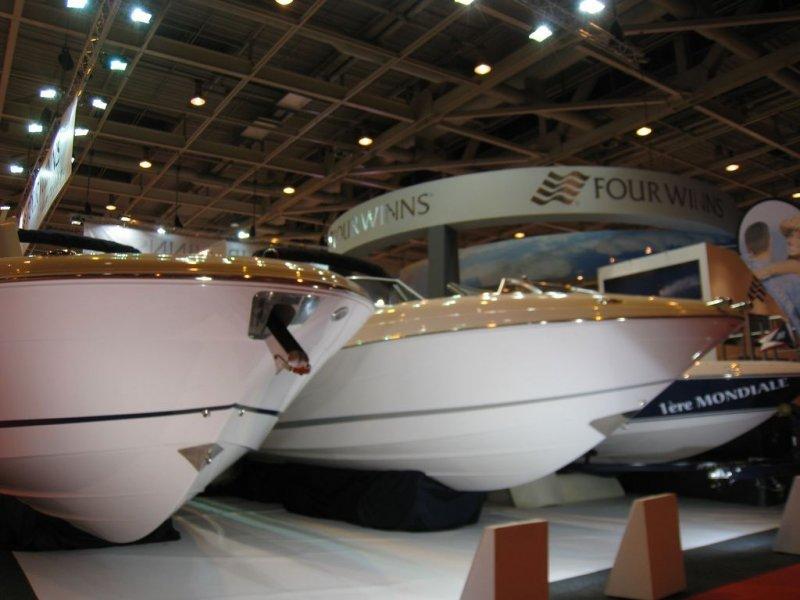 Four Winns bateaux