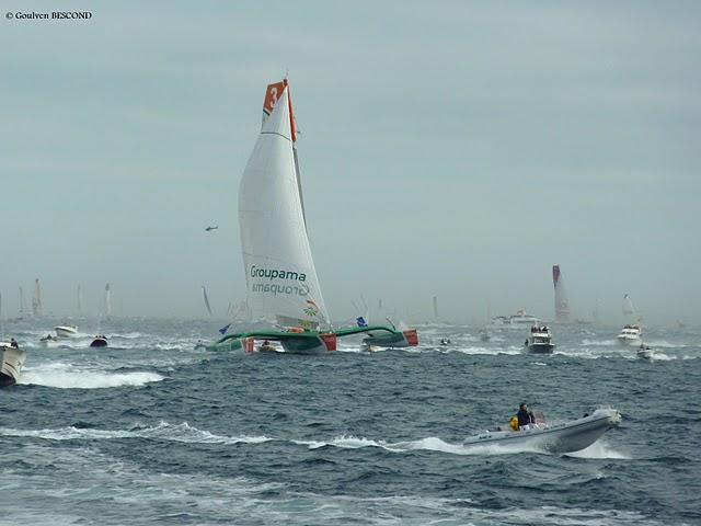 Groupama et bateaux suiveurs