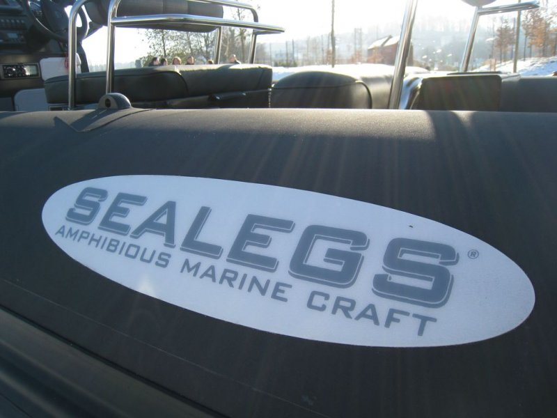 boudin-sealegs-7-1m-professionnel-bateau-semi-rigide-amphibie