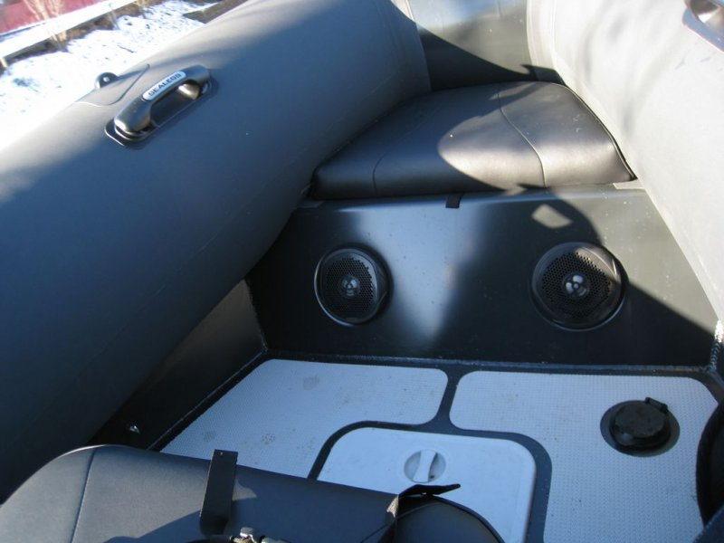 coffre-plancher-sealegs-7-1m-professionnel-bateau-semi-rigide-amphibie