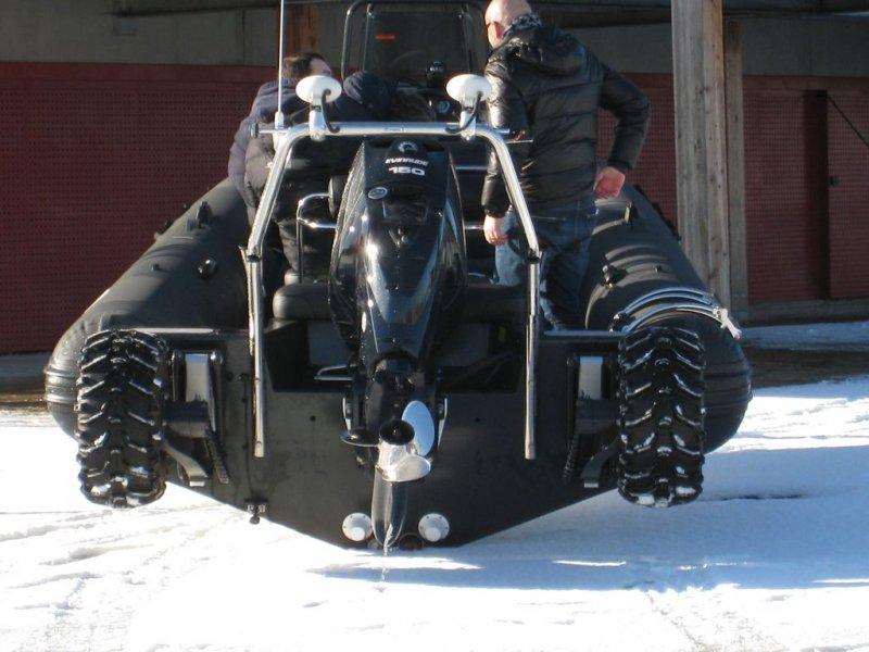 depose-sans-roues-sealegs-7-1m-professionnel-bateau-semi-rigide-amphibie