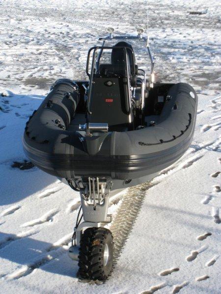 vue-aerienne-sealegs-7-1m-professionnel-bateau-semi-rigide-amphibie