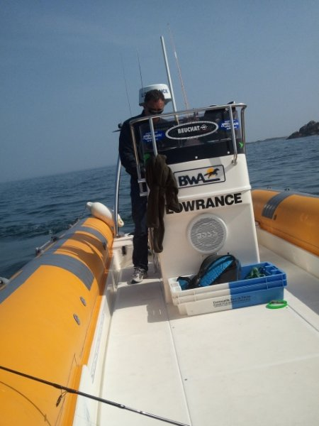 Partie de pêche amicale aux glénans avec Eric Sauvage et ses Lowrance HDS 8