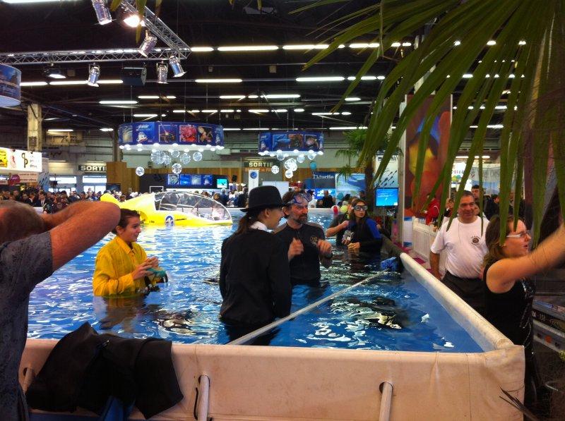 salon-plongée-paris-2011-essai-matériel-piscine-public