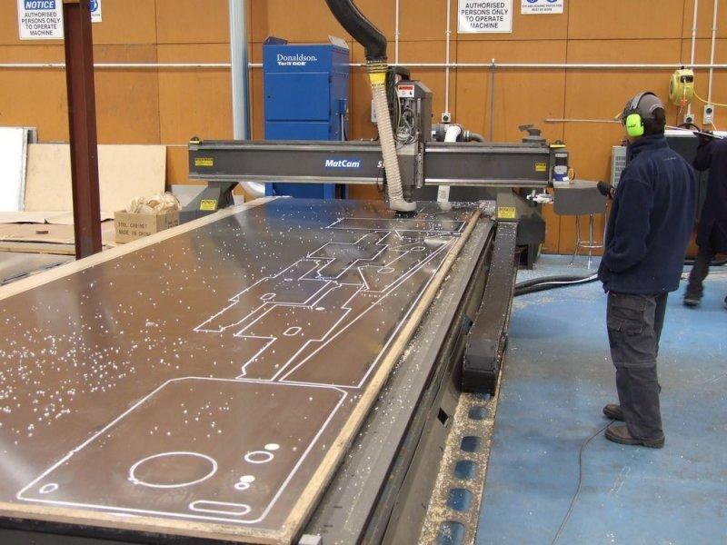 fabrication-decoupe-aluminium-assistee-ordinateur-sealegs