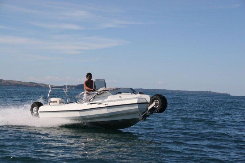 sealegs-amphibie-d-tube-6-1m-plaisance-c