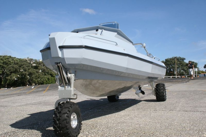 sealegs-amphibie-d-tube-6-1m-professionnel-e