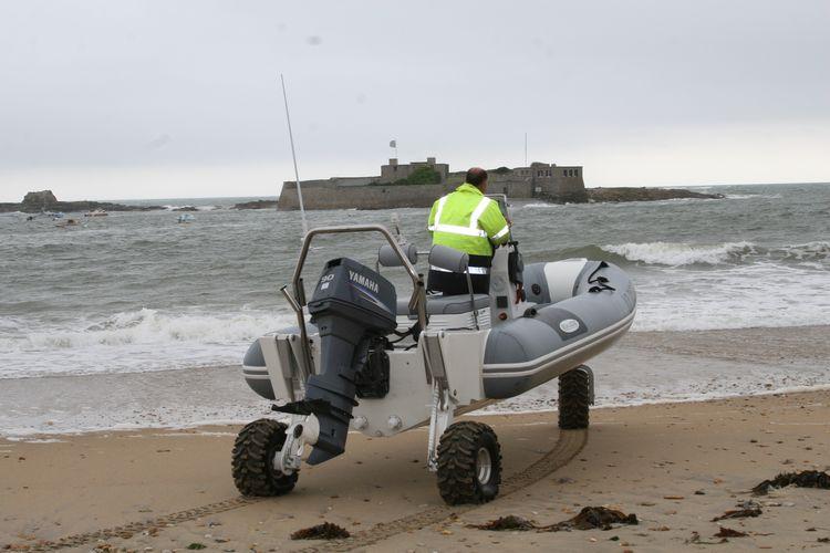 sealegs-amphibie-d-tube-6-1m-professionnel-o