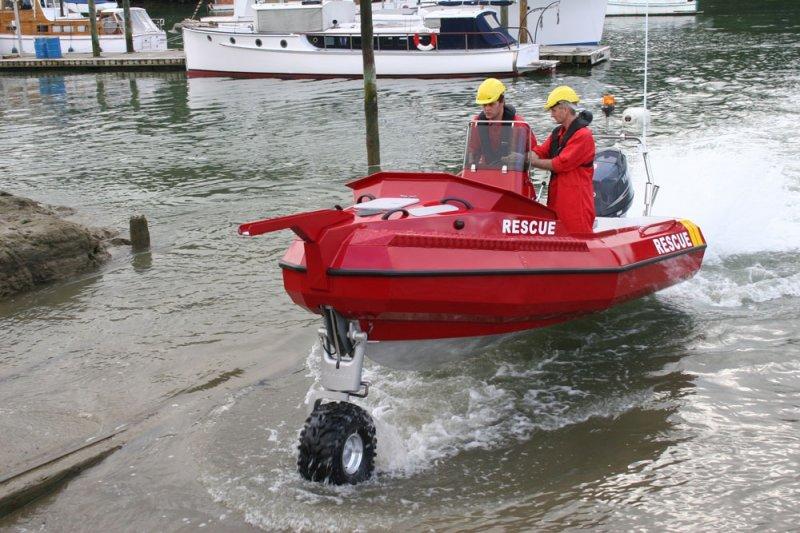 sealegs-amphibie-d-tube-6-1m-rescue-sauvetage-a