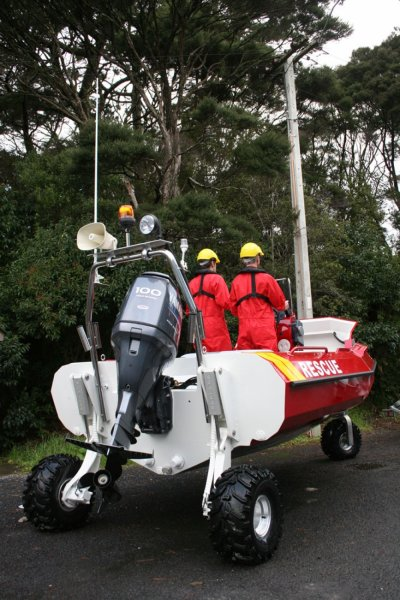sealegs-amphibie-d-tube-6-1m-rescue-sauvetage-sol-e