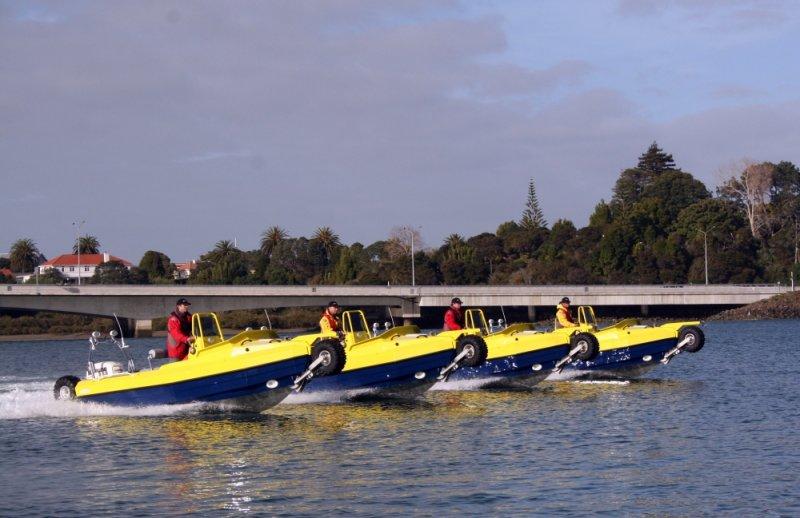sealegs-amphibie-d-tube-6-1m-special-jaune-bleu