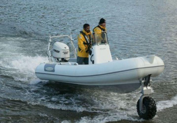 sealegs-amphibie-rib-5-05m_plaisance_e