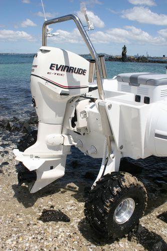 sealegs-amphibie-rib-5-05m_plaisance_evinrude-e-tec-q