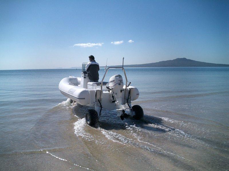 sealegs-amphibie-rib-6-1m-plaisance-mise-a-eau-g