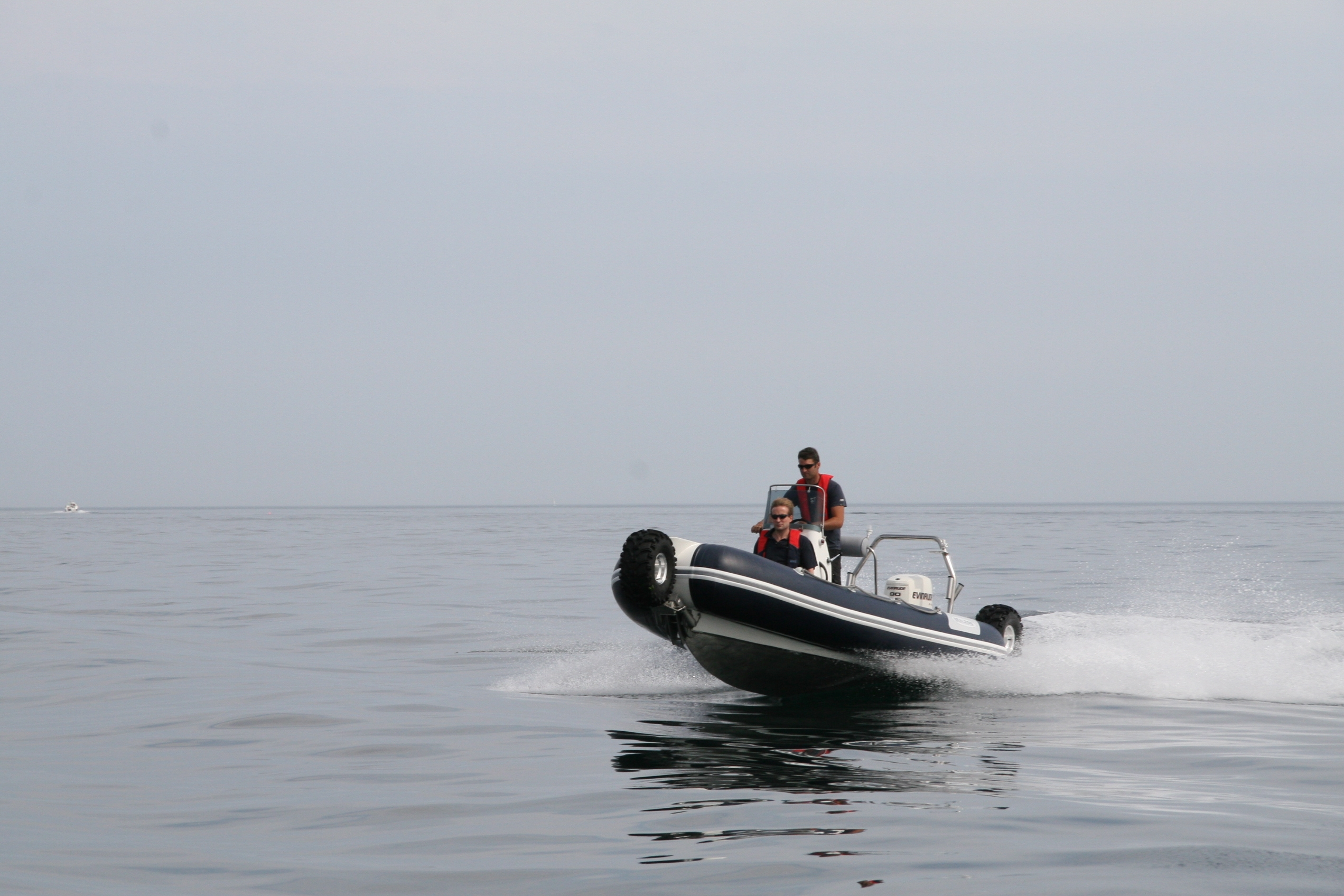 sealegs-amphibie-rib-6-1m_plaisance_g