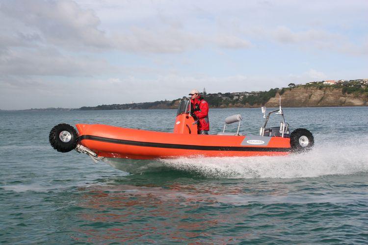 sealegs-amphibie-rib-6-1m_rescue_sauvetage_m