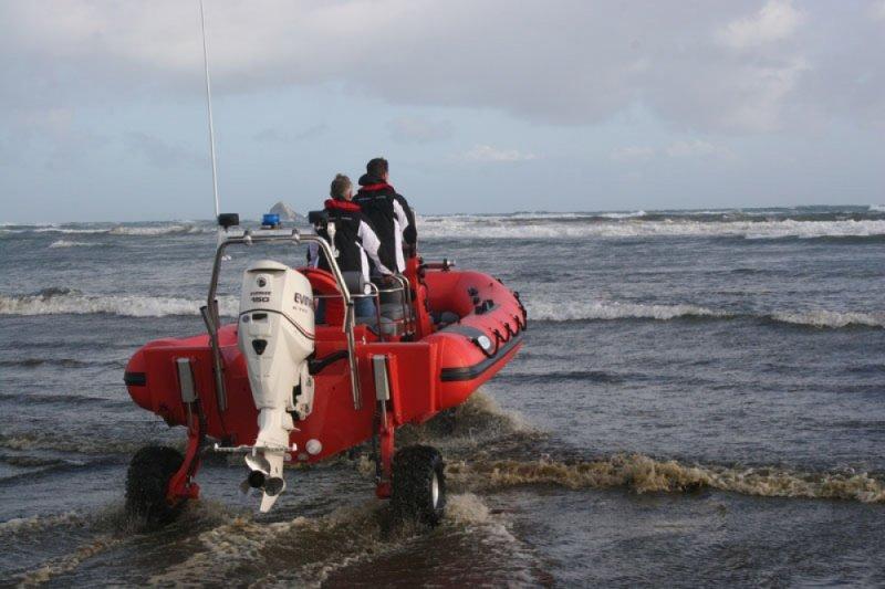 sealegs-amphibie-rib-7-1m_rescue_sauvetage_mise-a-eau-e