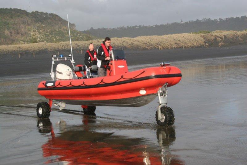 sealegs-amphibie-rib-7-1m_rescue_sauvetage_plage-f
