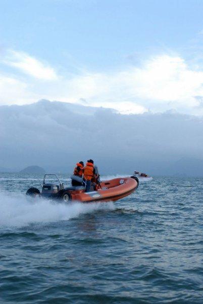 sealegs-amphibie-rib-7-1m_rescue_sauvetage_vitesse_c