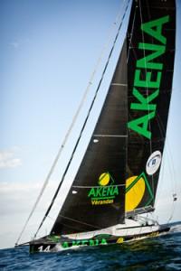 Route du Rhum 2010 : Arnaud Boissières est arrivé ce matin à bord de Akéna Vérandas