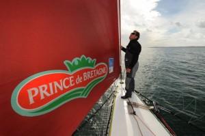 Route du Rhum 2010: Lionel Lemonchois (Prince de Bretagne) est 1er en Multi50