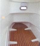 semi-rigide manta 795 intérieur poste de pilotage spacieux