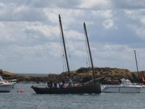 Festival du chant de marins : cotre breton à Bréhat